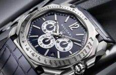 ALL YOU NEED TO KNOW ABOUT EMPORIO ARMANI'S FIRST TOUCH-SCREEN WATCH
