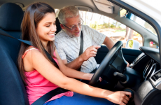 How to find and choose a right driving instructor