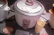 Cook fabulous food with An Electric Rice Cooker